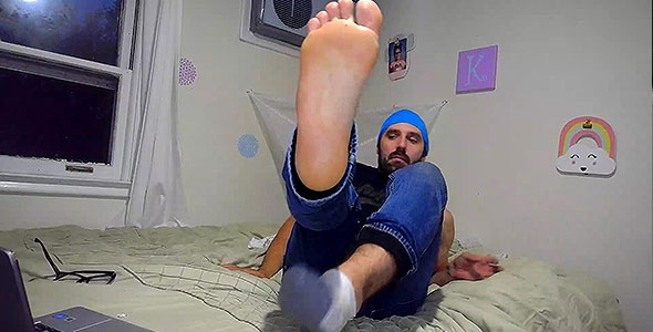 worship my fucking feet and smell